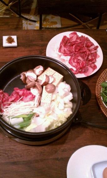 Sukiyaki arranged in the pot