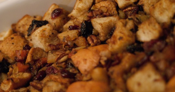 Winter Fruit and Nut Stuffing